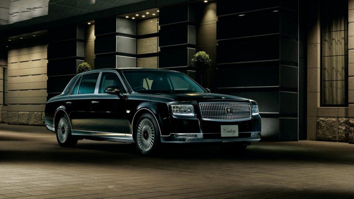 El Emperador de Japón recibio un Toyota Century