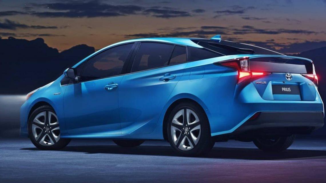 Los problemas de estancamiento del Toyota Prius continúan, resaltados por la demanda de un concesionario