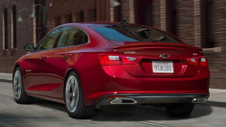 Chevrolet Malibu olvida el modelo híbrido para 2020