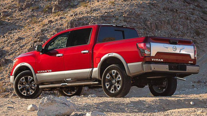 El cambio de imagen del Nissan Titan 2020 agrega una apariencia más nítida y más poderosa
