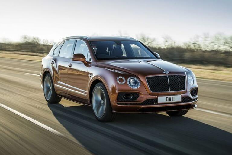Bentley Bentayga Hybrid tiene mpg en carretera más bajo que Bentayga no híbrido