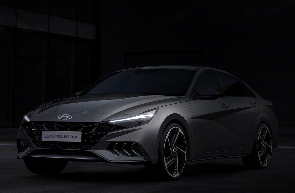 Hyundai Elantra N Line 2021 luce perfectamente agresivo